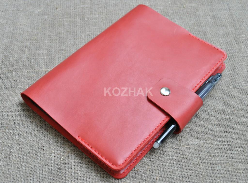 Обложка для оганайзера из натуральной кожи красного цвета