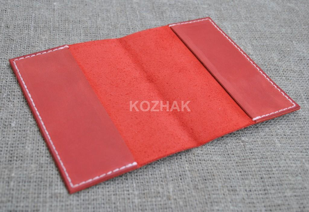 Обложка на паспорт из красной натуральной кожи