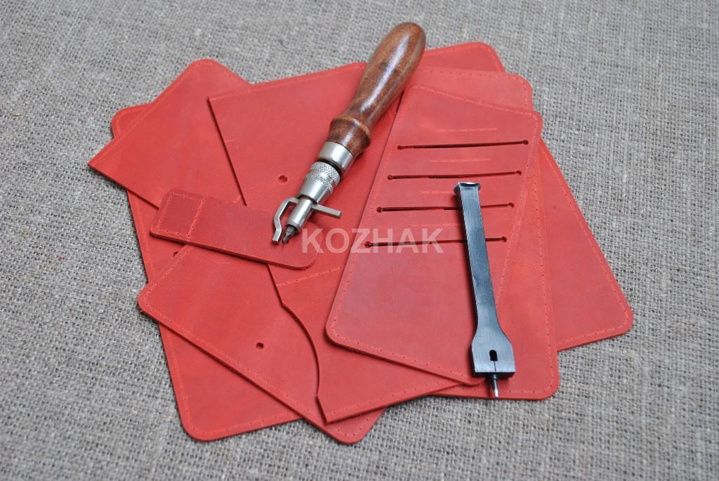 Модный, красный, кожаный портмоне