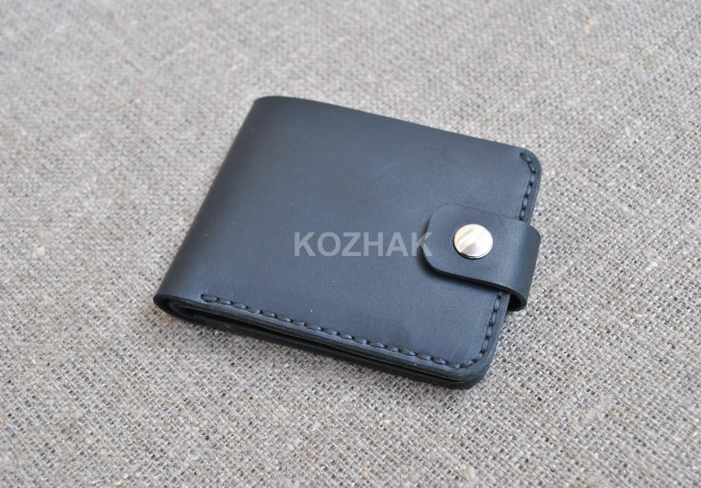 Небольшой кошелек черного цвета ручной работы