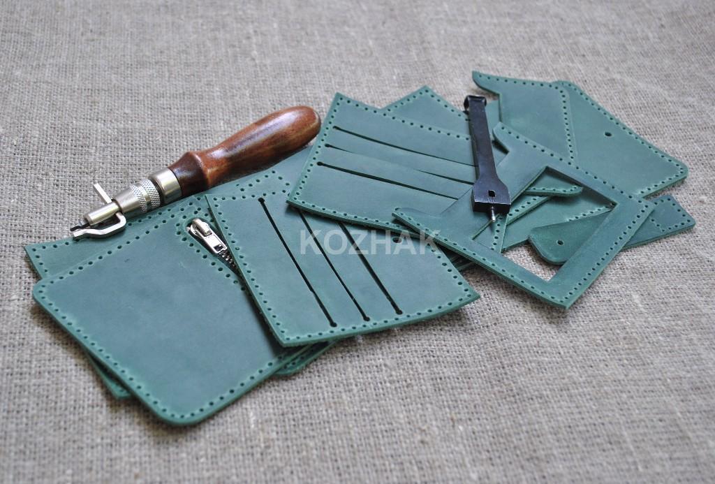 Небольшой кожаный кошелек ручной работы