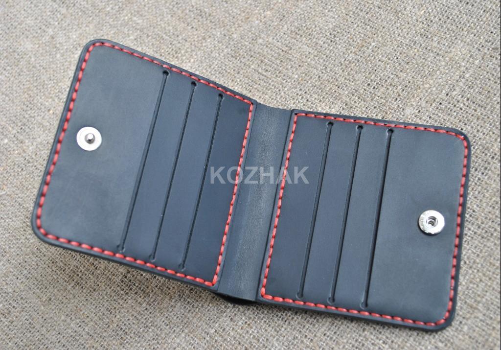 Тонкий квадратный кошелек ручной работы
