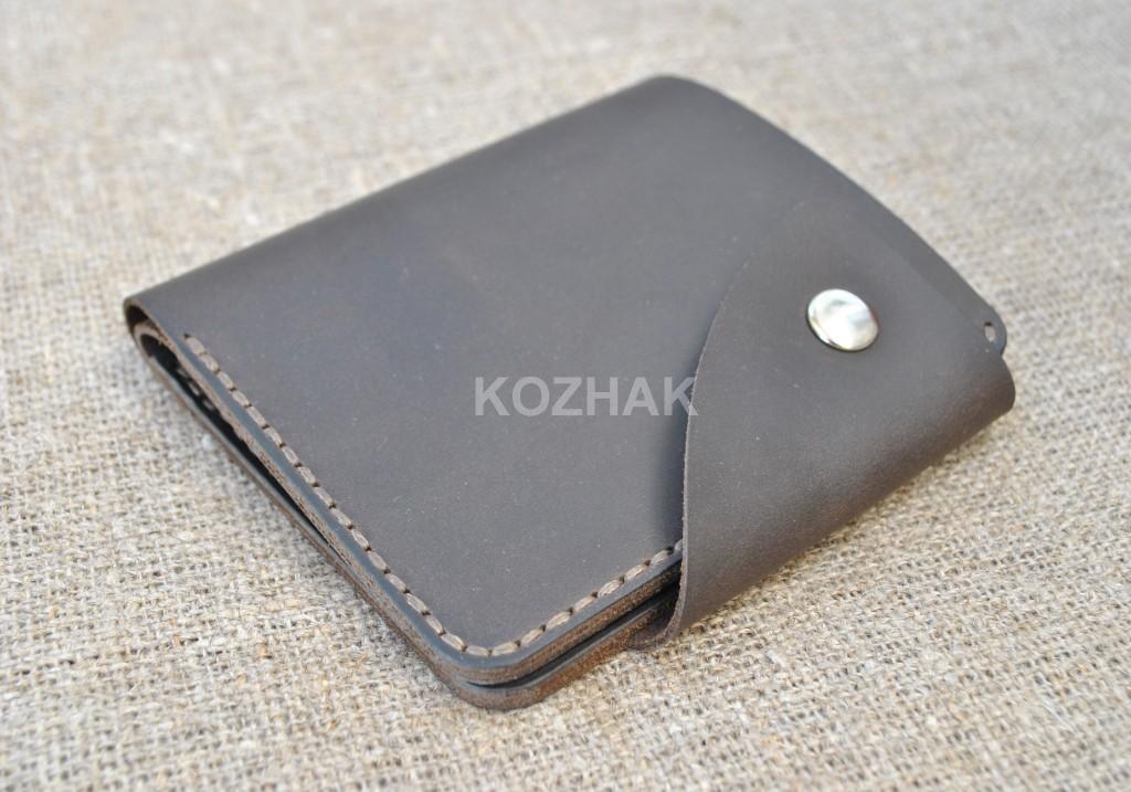 Кожаный кошелек ручной работы в коричневом цвете