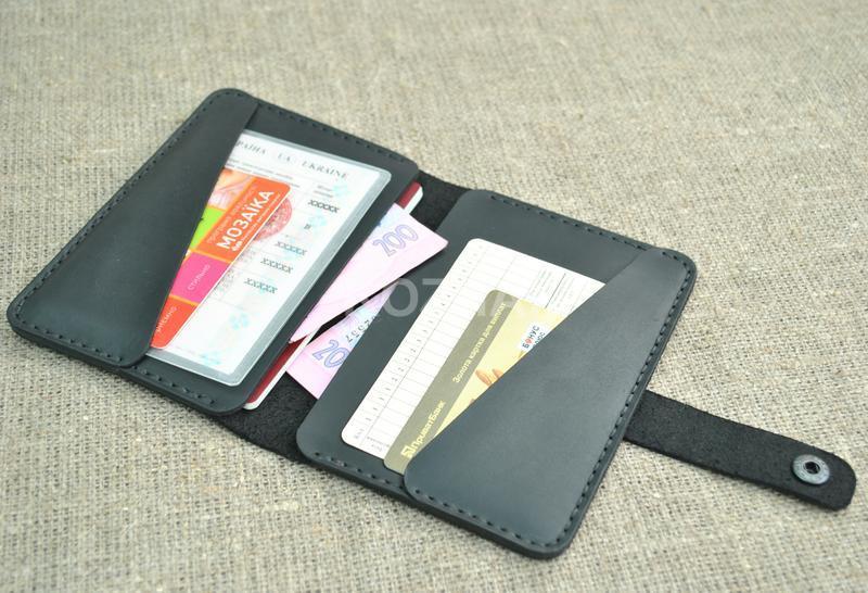 Чехол из кожи для документов, банковских карт и денег