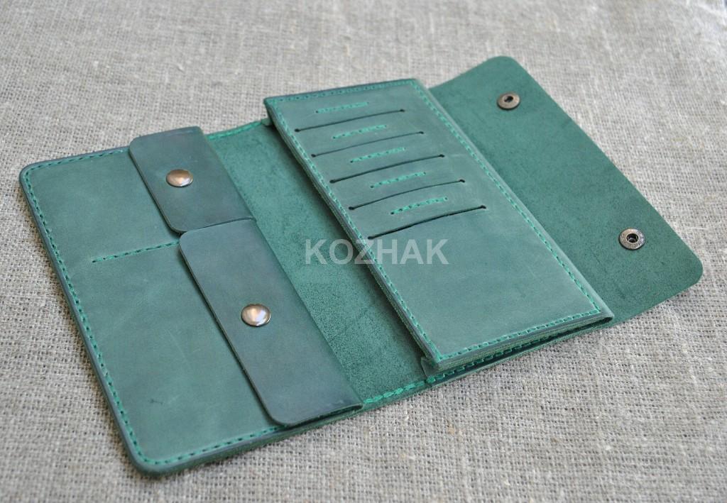 Вместительный портмоне из натуральной кожи ручной работы
