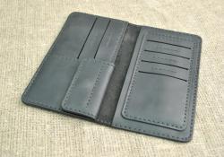 Красивый портмоне черного цвета ручной работы