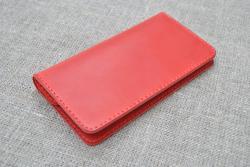 Кожаный кошелек из натуральной кожи красного цвета