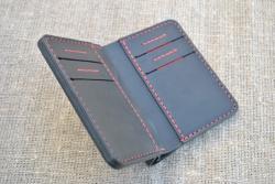 Вертикальное портмоне из натуральной кожи