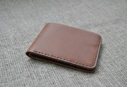 Небольшой кошелек из натуральной кожи