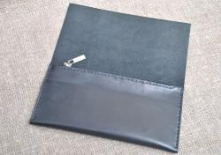 Вместительный легкий кошелек из натуральной кожи