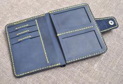Вертикальный портмоне для денег и документов