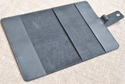 Стильная обложка для блокнота из черной кожи