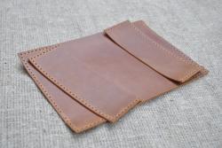 Коричневая обложка для паспорта из натуральной кожи