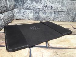 Темно-коричневая обложка для паспорта