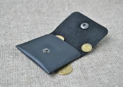 Небольшая монетница из натуральной кожи