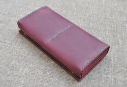 Удобный вместительный кошелек ручной работы