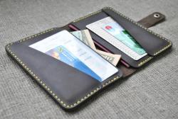 Универсальный чехол для документов и денег