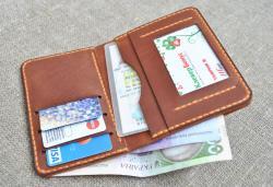 Вертикальный небольшой портмоне из винтажной натуральной кожи