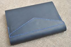 Темно-синяя обложка для блокнота А5 формата из кожи