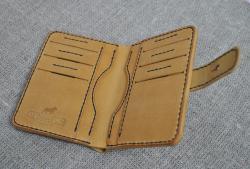 Оригинальный кошелек ручной работы из кожи