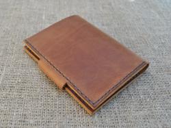 Небольшой кошелек необычной формы ручной работы