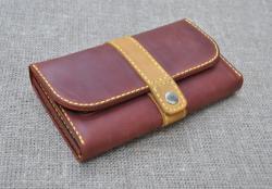 Красивый кожаный кошелек ручной работы