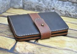 Вертикальный кожаный бумажник ручной работы