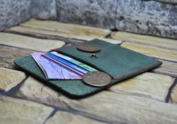 Зеленый мини кошелек ручной работы