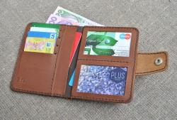 Вертикальный кошелек из кожи для автолюбителя