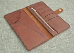 Коричневый портмоне из натуральной кожи