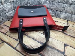 Красно-черная женская кожаная сумочка ручой работы