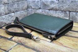 Зеленый кошелек-клатч из натуральной кожи