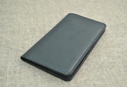 Вместительный стильный кошелек из натуральной кожи