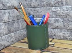 Стильный кожаный стакан для шариковых ручек