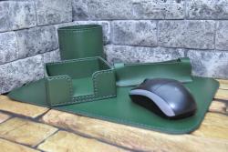 Деловой кожаный набор на стол руководителя