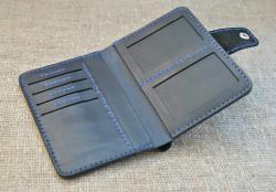 Брутальный портмоне для денег и документов из натуральной кожи