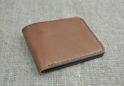 Небольшой оригинальный кошелек из натуральной кожи
